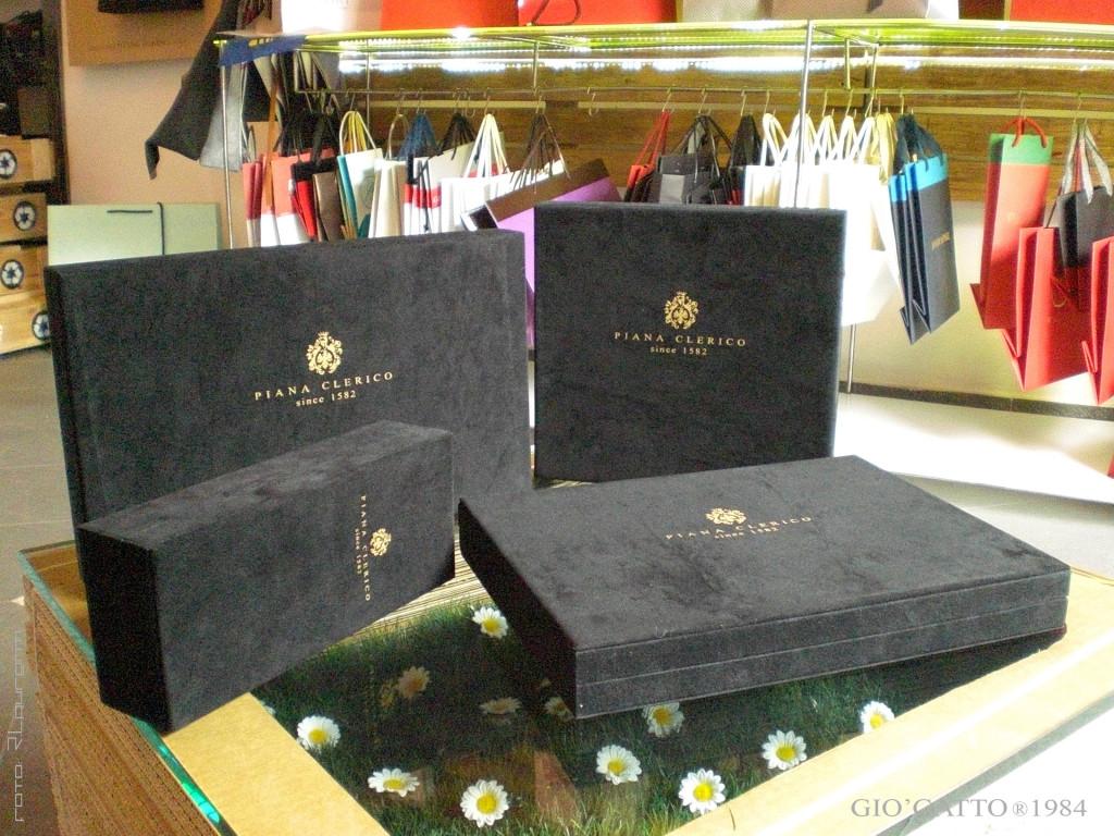 GIO'GATTO®1984 per Piana Clerico since 1582 - scatole personalizzate e cofanetti - scatole personalizzate alcantara - scatole personalizzate per manufatti